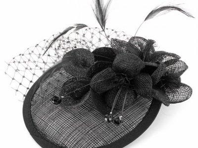 molletta camomilla cap flower black