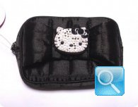 Pochette hello kitty strass nera